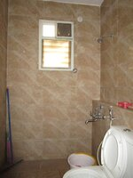 15M3U00230: Bathroom 4