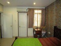 15M3U00230: Bedroom 3