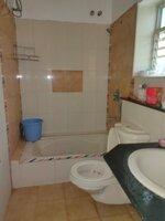 15J7U00171: Bathroom 1