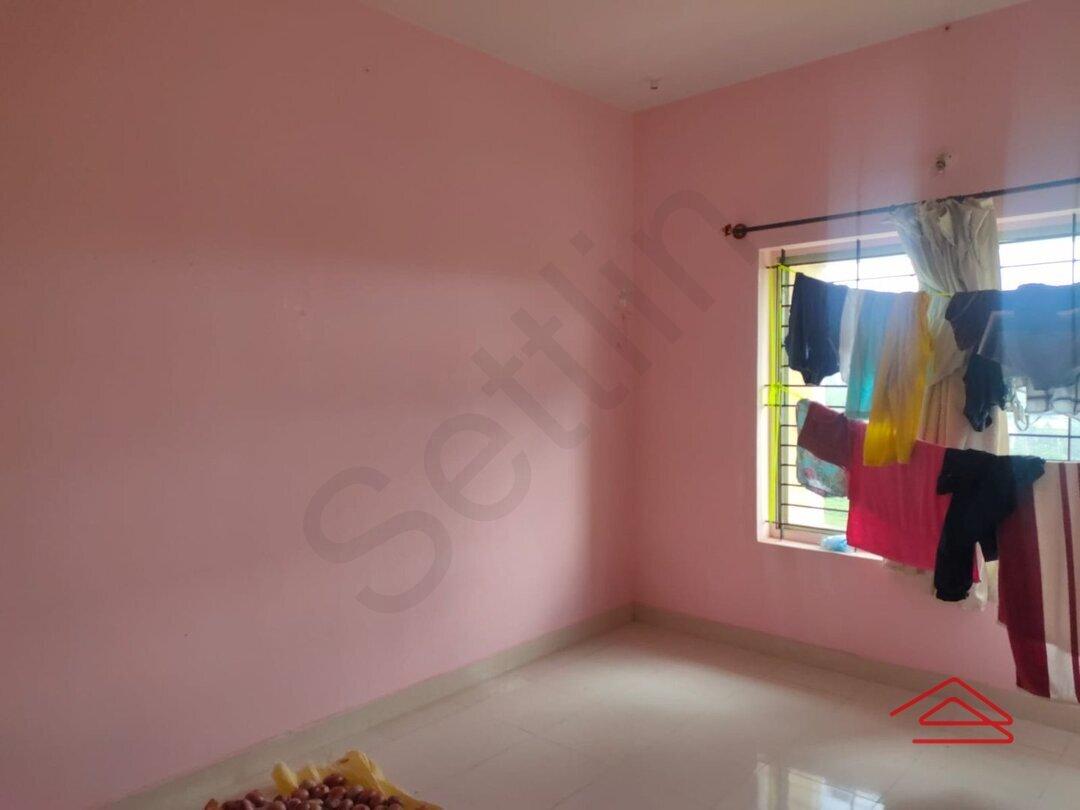 15J7U00171: Bedroom 1