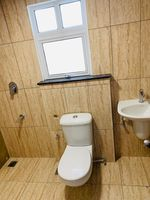 13J6U00466: Bathroom 1
