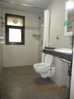 15S9U00937: Bathroom 1