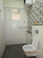 15S9U01130: Bathroom 1