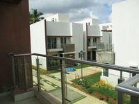 48: Balcony 2