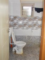 14J6U00291: bathrooms 1