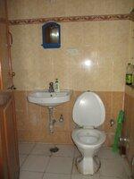 15A4U00158: Bathroom 2