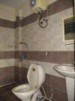 15A4U00415: Bathroom 1