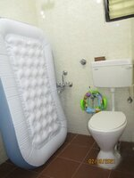 15A8U01076: Bathroom 2