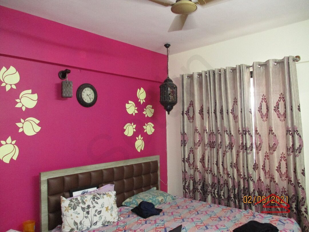 15A8U01076: Bedroom 1