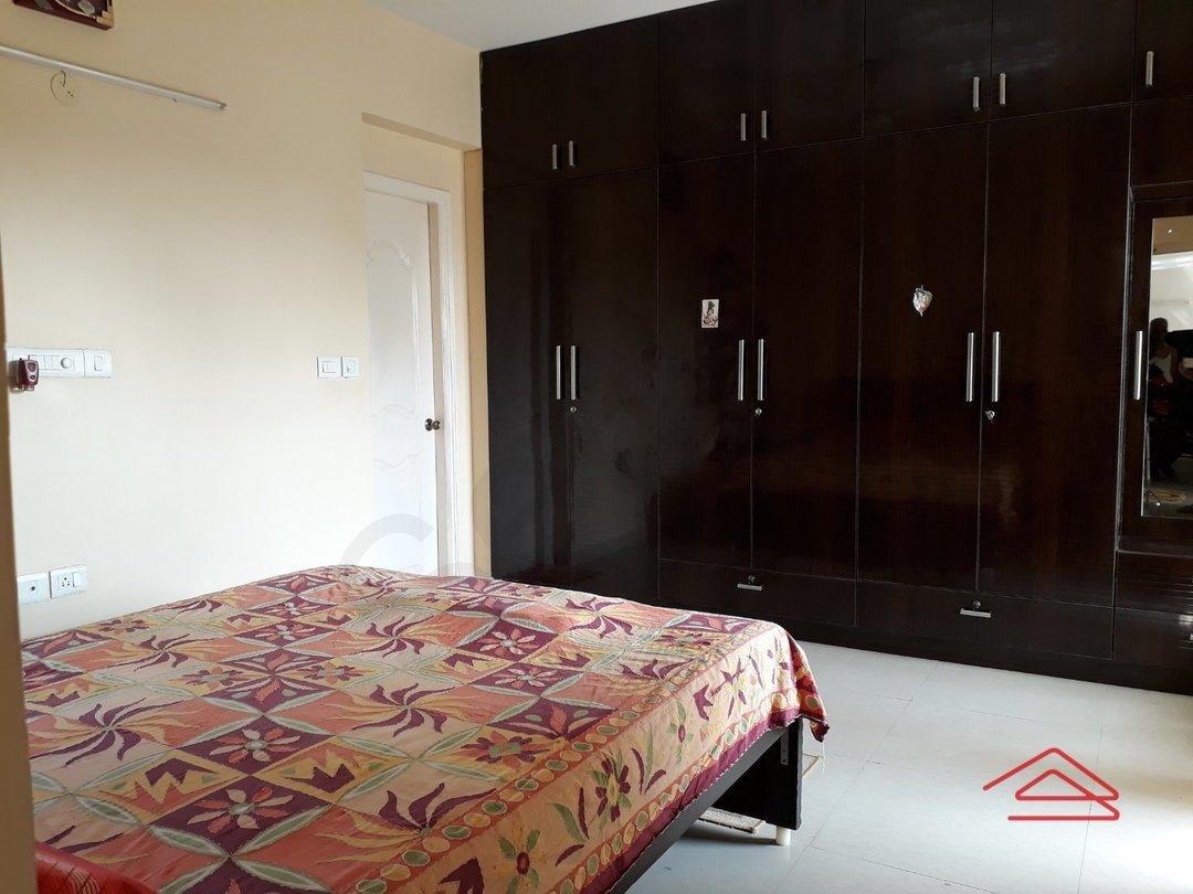 14F2U00325: Bedroom 1