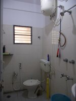 14DCU00616: Bathroom 1