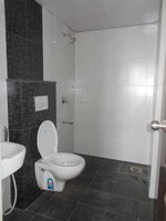 14F2U00212: Bathroom 2