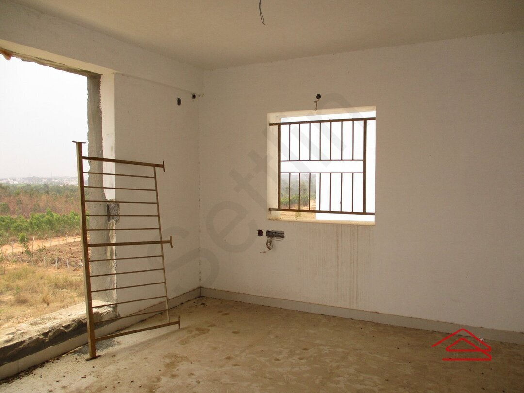 14F2U00365: Bedroom 1