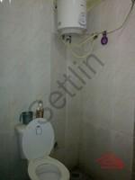 004: Bathroom 2