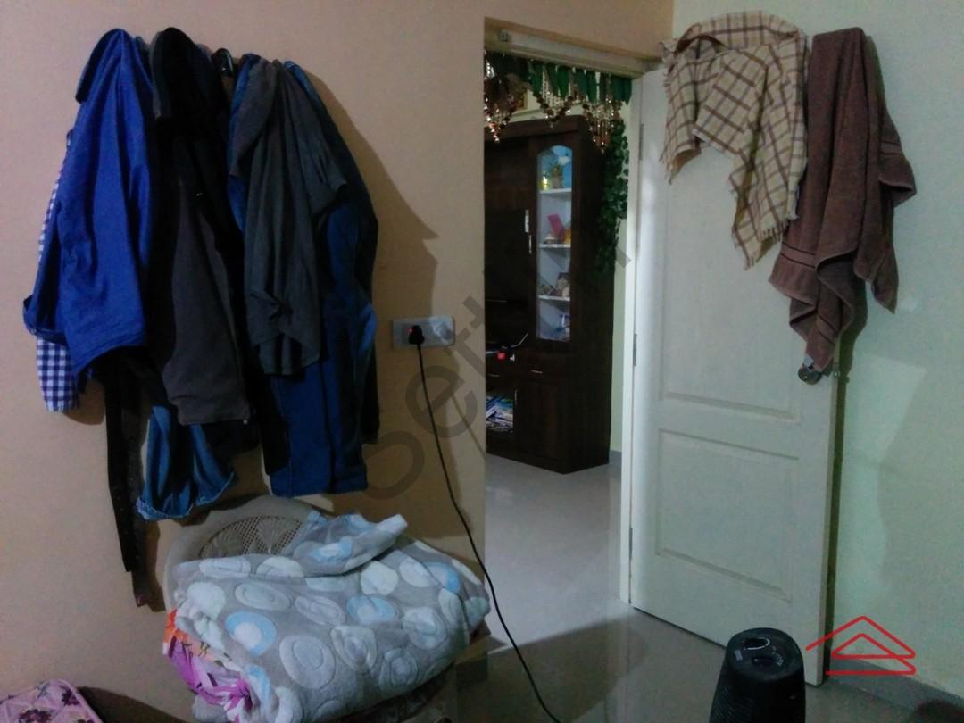 004: Bedroom 1