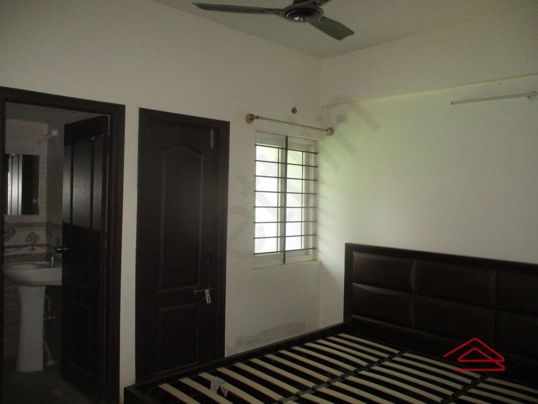 13A4U00316: Bedroom 1
