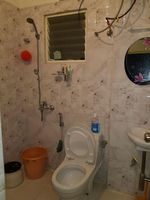 12J7U00294: Bathroom 1