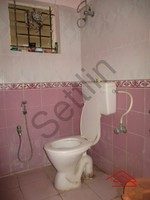 11F2U00126: Bathroom 1