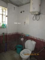 13F2U00365: Bathroom 1