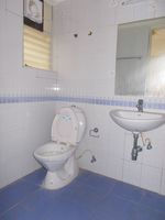 13F2U00036: Bathroom 2