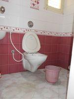 13M3U00124: Bathroom 2