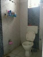 11J1U00333: Bathroom 1