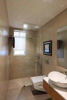 15J7U00566: Bathroom 1
