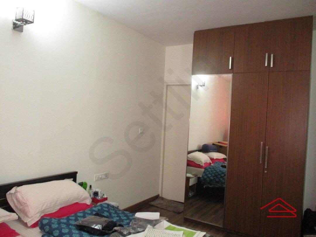 15M3U00085: Bedroom 1