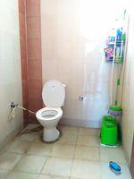 11NBU00249: Bathroom 2