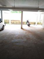 11NBU00249: parking 1