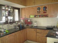 13M5U00783: Kitchen 1