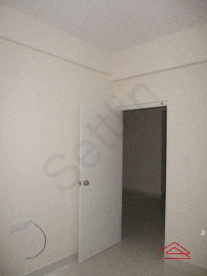 15S9U01068: Bedroom 1