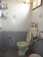 14F2U00347: Bathroom 1