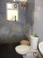 14M3U00362: Bathroom 2