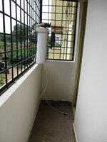 15J7U00533: Balcony 2