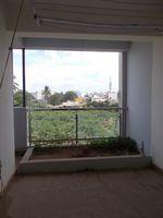 13J7U00426: Balcony 1