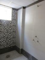 13J7U00064: Bathroom 2