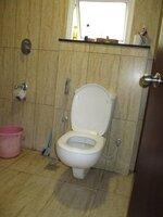 15A4U00001: Bathroom 2