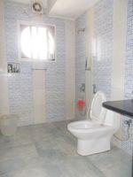 13F2U00557: Bathroom 2