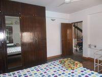 13F2U00557: Bedroom 2