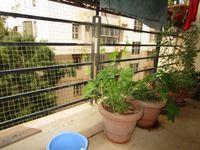 13J6U00130: Balcony 2