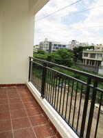 10J6U00389: Balcony