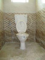 10J6U00389: Bathroom 2