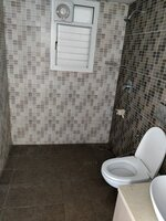 14DCU00566: Bathroom 2