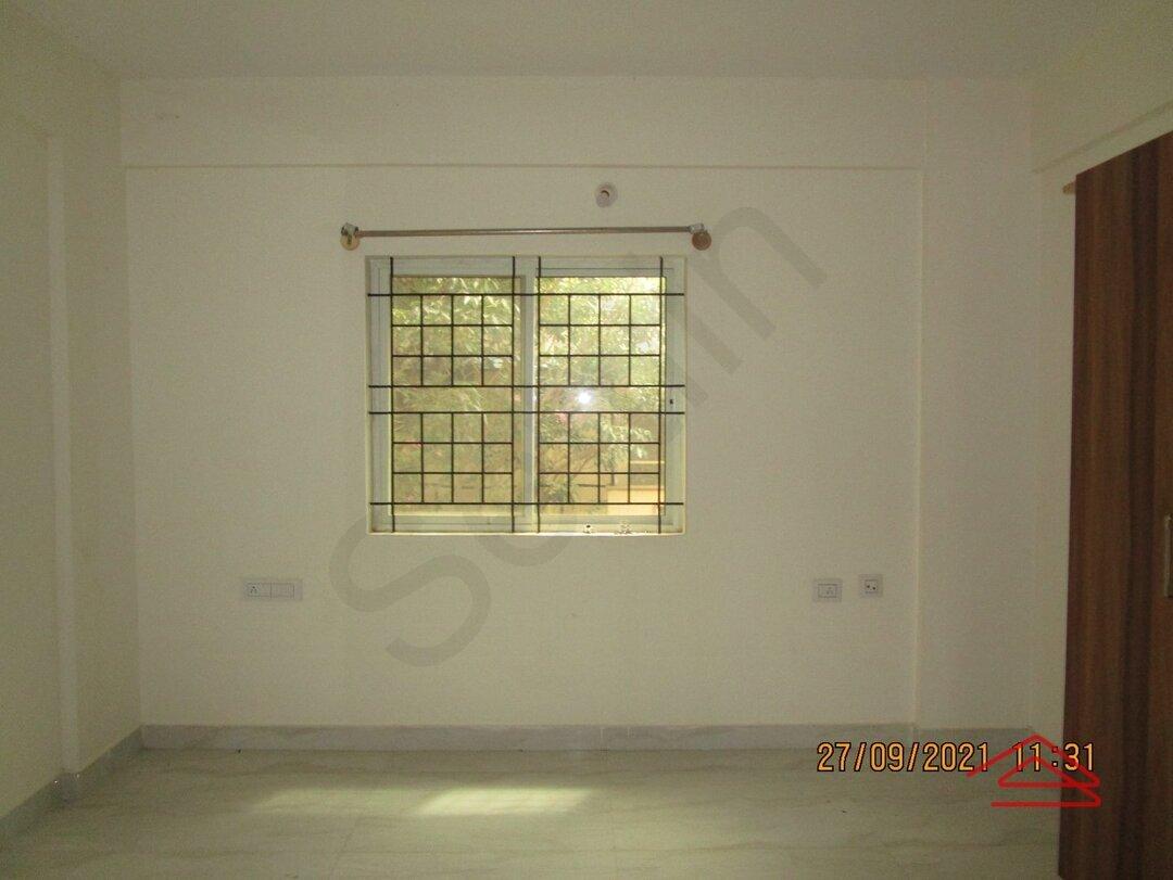 15S9U00739: Bedroom 1