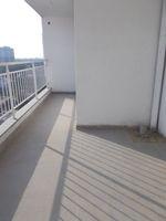 12A4U00065: Balcony 1