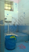 10NBU00433: Bathroom 2