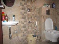 15S9U00497: Bathroom 1