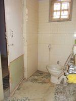13J1U00224: Bathroom 2