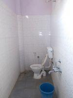 13J1U00224: Bathroom 3